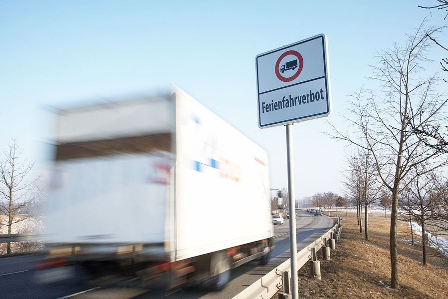 fahrverbote f r lkw ber 7 5 tonnen autoscout24 trucksblog deutschland. Black Bedroom Furniture Sets. Home Design Ideas