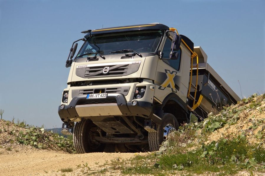 Volvo FMX 460: Beefy at the Construction Site