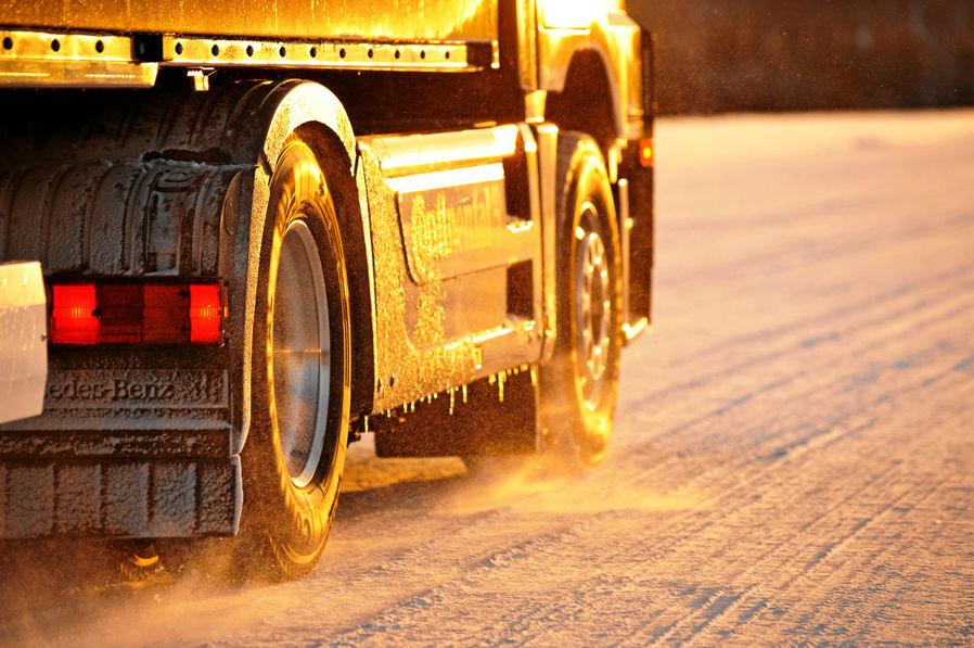 Wintereinbruch: Tipps für Berufskraftfahrer