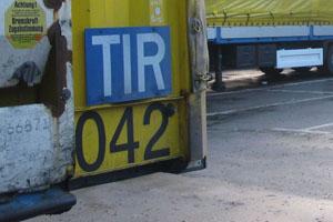 TIR-Schild-Willi-Betz-Lkw-19-fotoshowImageNew-355e51bb-198643