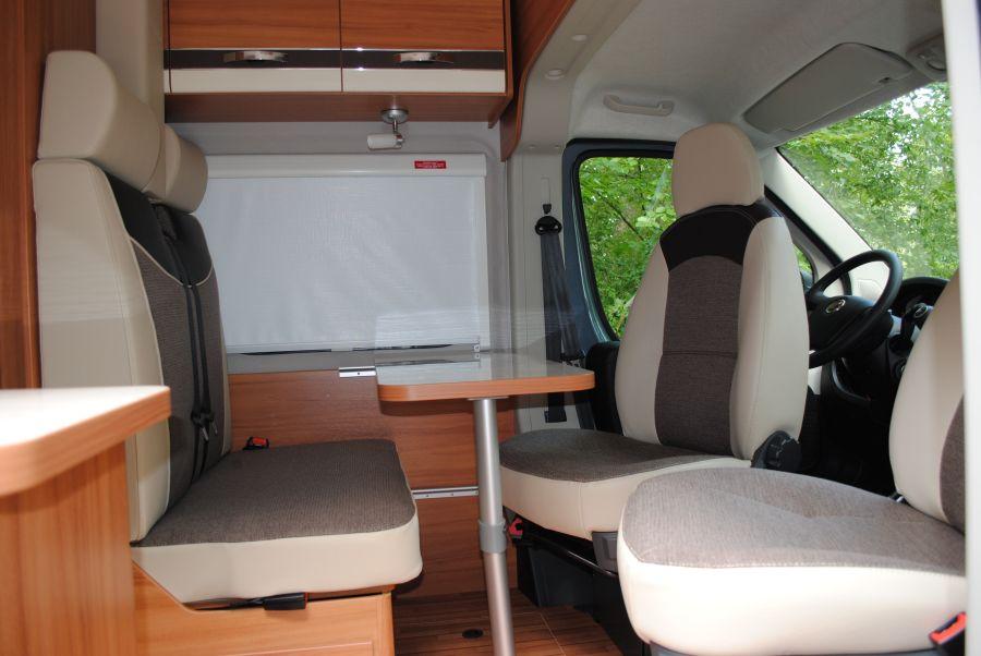 Sitzgruppe_Campingbus