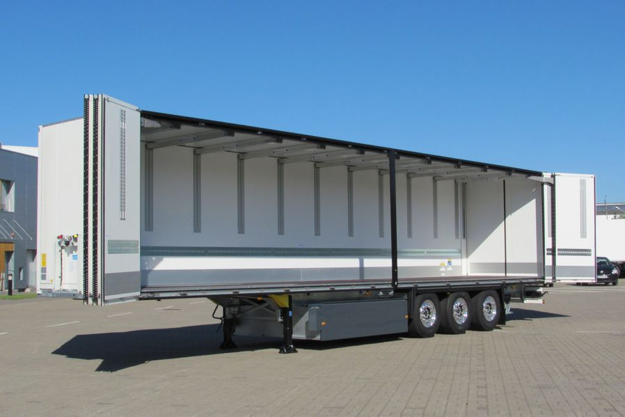Auflieger von Schmitz Cargobull