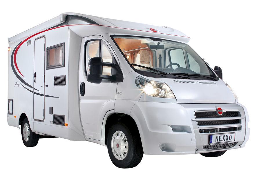 teilintegrierte reisemobile 10 gefragte modelle autoscout24 trucksblog deutschland. Black Bedroom Furniture Sets. Home Design Ideas