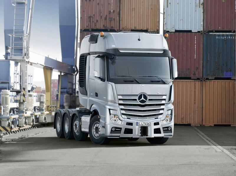 Nouveau Mercedes-Benz SLT : les occasions sont-elles moins chères?