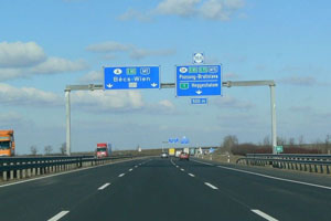 Autobahn-Ungarn-19-fotoshowImageNew-4f27c456-49020