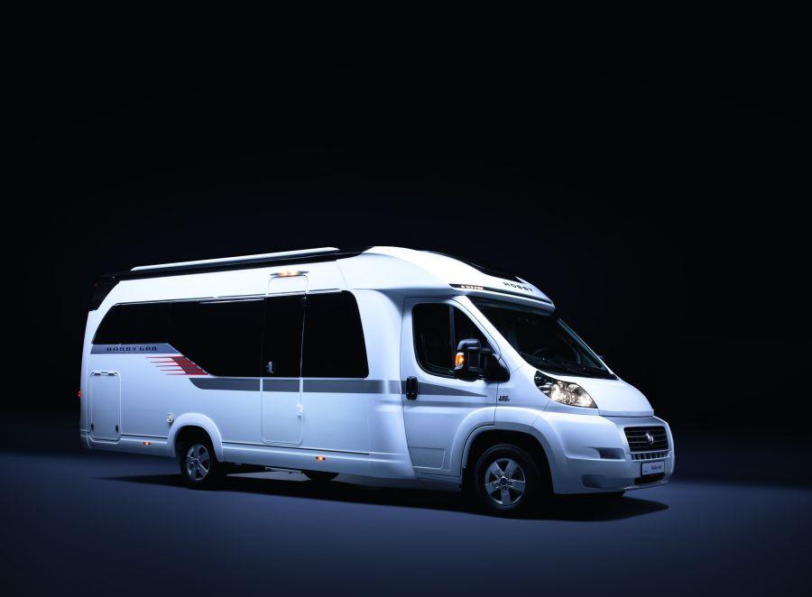 camper hobby 600 per campeggiatori nostalgici autoscout24 trucks blog italia. Black Bedroom Furniture Sets. Home Design Ideas