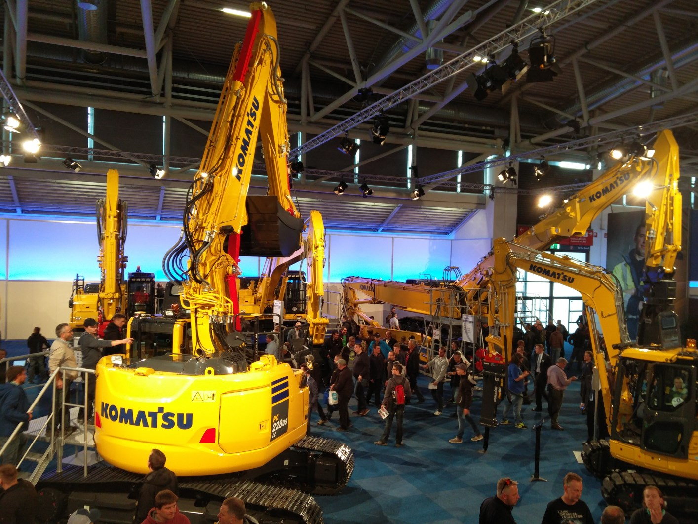 bauma 2016 in m nchen superlative for heavy machinery autoscout24 trucksblog international. Black Bedroom Furniture Sets. Home Design Ideas
