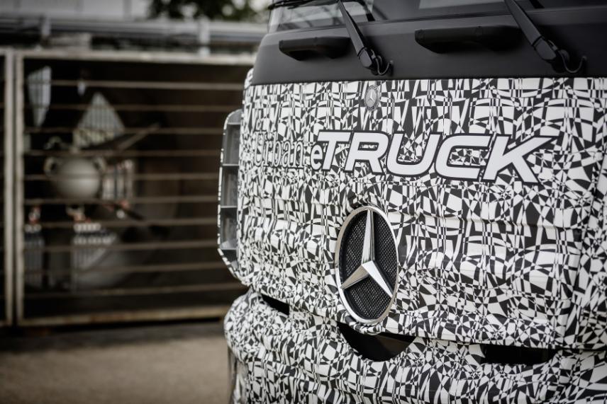 Mercedes-Benz Urban eTruck, Elektro-Lkw Front
